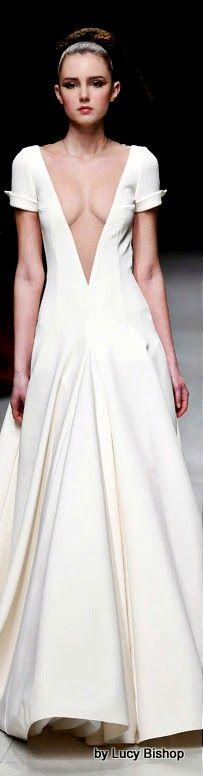 Julien Fournié Spring Summer Haute Couture ~ V Couture Fashion, Runway Fashion, Women's Fashion, Pretty Outfits, Cool Outfits, Julien Fournié, Glamorous Dresses, Looks Cool, White Fashion