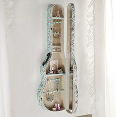 DIY - Art - Craft - Projects — charbarler: loubnameron: Untitled sur We Heart...