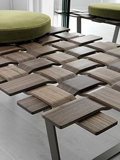 Table Belt maillage de bois par Colzani (via http://www.blog-espritdesign.com/ )