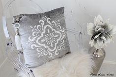Home White Home: olohuone