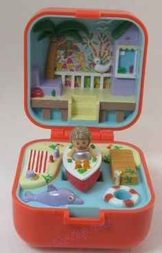 1991 Vintage Polly Pocket Lulu and her Speedboat Ring and Ring Case