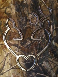 Deer Heart Steel made out of horse shoes. https://stainlesssteelfabricatorsindelhi.wordpress.com/ https://paintingcontractorsindelhi.wordpress.com/