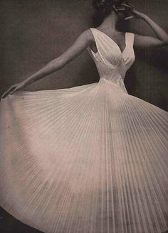 pleats Mark Shaw 1953