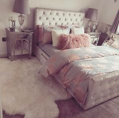 Teen bedroom themes must accommodate visual and function. Here are tips to create the coolest teen bedroom. Dream Rooms, Dream Bedroom, Girls Bedroom, Bedroom Decor, Bedroom Ideas, Bedroom Furniture, Bedroom Themes, Bedroom Designs, Bedding Decor