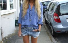 Oversized denim shorts + denim shorts. Need we say how much we love denim on denim when done right? :P