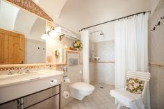 Suite Ludmaisch // TiMiMoo Boutique Hotel Bed And Breakfast, Event Design, Bathtub, Boutique, Breakfast In Bed, Standing Bath, Bath Tub, Bathtubs, Boutiques
