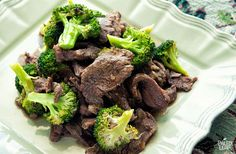 Quick Healthy Beef and Broccoli - iFOODreal - Healthy Family Recipes Healthy Beef And Broccoli, Broccoli Beef, Broccoli Recipes, Healthy Family Meals, Healthy Dinner Recipes, Diet Recipes, Crockpot Recipes, Crockpot Dishes, Amazing