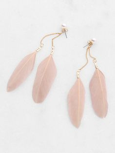 Shop Feather Embellished Drop Earrings online. SheIn offers Feather Embellished Drop Earrings & more to fit your fashionable needs.