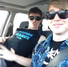 Austin Jones https://vine.co/v/MMhrEIv5iJJ