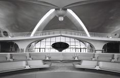 Image 24 of 26 from gallery of AD Classics: TWA Flight Center / Eero Saarinen. Photograph by Cameron Blaylock Vintage Architecture, Architecture Student, Twa Flight Center, London Garden, Eero Saarinen, Family Garden, Ad Art, Classic Interior, Googie