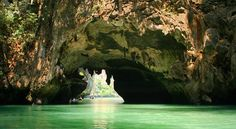 Surreal views in Phang Nga Bay, Thailand!! Seeing it with my own eyes was even more breathtaking!