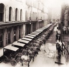 Marshall Fields Delivery Wagons 1897 | Marshall Fields deliv… | Flickr Old Photography, Chicago Photography, Chicago Area, Chicago Illinois, Southern Illinois, Chicago City, World's Columbian Exposition, Chicago Pictures, My Kind Of Town