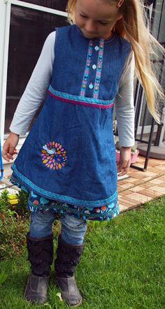 Lovely embellishment on this dress #Sew #Embellish
