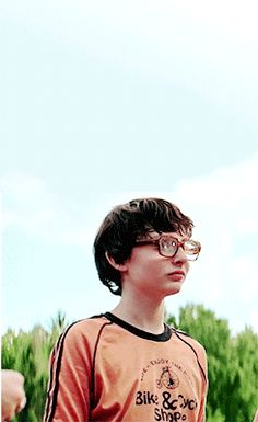 Finn Wolfhard as Richie Tozier