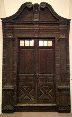 Front doorway, Elijah Williams house Deerfield, Massachusetts c. 1760. Eastern white pine, wrought iron. On loan from Deerfield Academy.