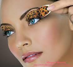 Eye shadow tattoo - sombras sticker - sombras adhesivas.   Maquillaje perfecto y duradero en segundos! Genialisima idea!