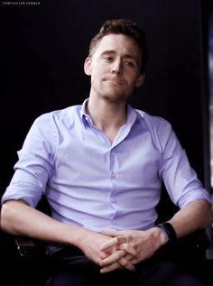 Tom Hiddleston (GIF)