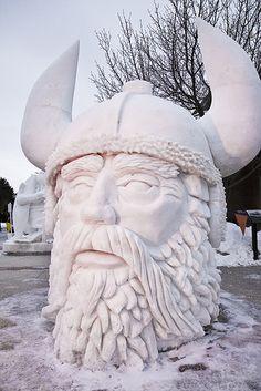 SnowViking_6624 Műgyanta szobor, egyedi dekoráció, dekoratív figura, szobor gyártás, 3D tervezés,  plasztikus figurák, design. www.designdecor.hu