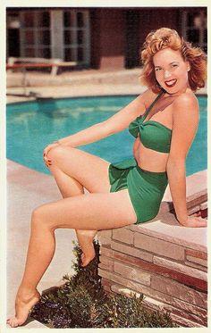 Kelly green swimwear loveliness. #vintage #beach #summer #swimsuit #model #1940s #1950s #green