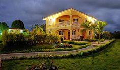 Spacious villa for a big family 👨👨👧👧👫