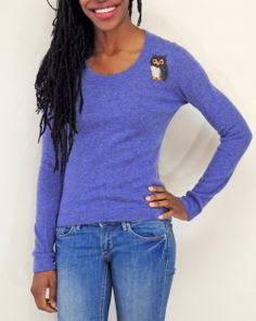 This pretty purple scoop neck #cashmere sweater is perfect for a casual winter outfit!