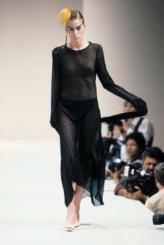 Alexander McQueen Spring 1996 Ready-to-Wear Collection Photos - Vogue
