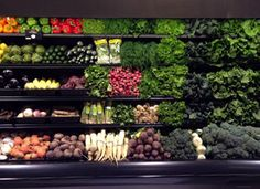 Grocery stores are the new hot places to go to! I can't wait for this store's second location to open next year. Mrs. Greens is an Organic Wonderland | Food + Travel | PureWow Chicago