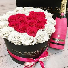 Spread Love  #theroyalrosesgermany #rosebox #infinityroses #spreadlove #love #beautiful #champagne #lovely #homedecor #giftideas Spread Love, Beautiful Flowers, Champagne, Best Gifts, Germany, Roses, Nice, Instagram, Ideas