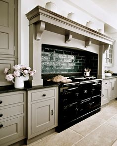 nl Thank you Thomas Ford&Sons Beautifully Designed Bespoke Kitchens, Boot Room Design & Boot Room Furniture. Kitchen Mantle, Aga Kitchen, Rustic Kitchen, Kitchen Decor, Kitchen Cabinets, Kitchen Ideas, Dark Cabinets, Kitchen Backsplash, 1950s Kitchen