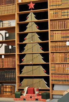 Space Saving Book Carved Tree
