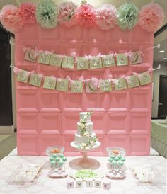 This pink party backdrop was made with square paper plates! Amazing party DIY! #babyshower #DIY