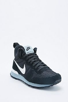 d478bb1f028 Nike Internationalist Mid-Top Trainers in Black and White Black Nike  Sneakers