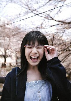 夏帆 : ▽かわいい☆夏帆【高画質】画像まとめ▽ - NAVER まとめ Girl Model, Cute Woman, Japanese Girl, Asian Beauty, Give It To Me, Actresses, Glasses, Lady, Beautiful