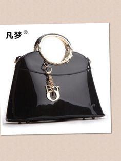 # Elegant, black#leather Handbag! €75,-
