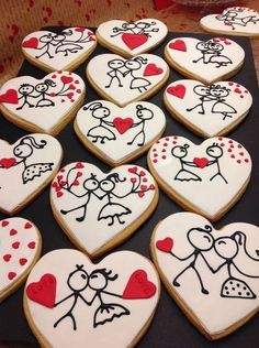 60 Heart Shaped Valentine's Day Cookies that'll get you to go Ooh LaLa - Hike n Dip Find best ideas / inspiration for Valentine's day cookies. Get the best Heart shaped Sugar cookies for Valentine's day & royal icing decorating ideas here. Cookies Cupcake, Valentine's Day Sugar Cookies, Fancy Cookies, Cookie Icing, Cut Out Cookies, Iced Cookies, Cute Cookies, Royal Icing Cookies, Cookies Et Biscuits