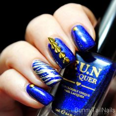 BunnyTailNails: Starry Night of the Saber Tooth Tiger