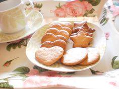 Galletas de mantequilla  http://disfrutadelacocinaconmarta.blogspot.com.es/2013/02/galletas-de-matequilla-paso-a-paso.html
