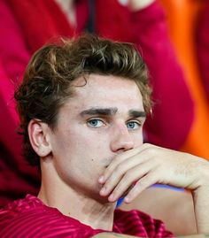 Great Tips For Soccer Players And Afficionados Soccer Guys, Football Boys, Football Players, Neymar Football, Soccer Teams, Antoine Griezmann, Fanfiction, Russia 2018, Fc Barcelona