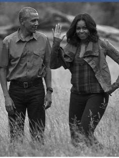 💘💘 President Barack And First Lady Michelle Obama 💘💘 Mr Obama, Barack Obama Family, Malia Obama, Barrack And Michelle, Michelle And Barack Obama, Black Presidents, American Presidents, Joe Biden, Durham
