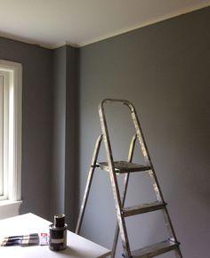 Bildresultat för mörkgrå vägg