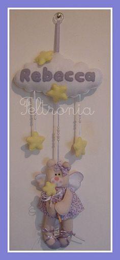 Enfeite para a bebê Rebecca! by Feltronia by Bia Leira, via Flickr
