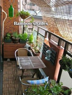 Bamboo shades let you get more privacy in outdoor time and also help you avoid strong sunlight #balcony #balconyprivacy