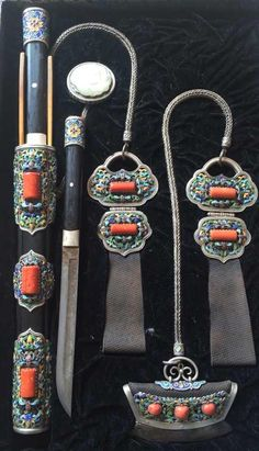 Mongol knife set, 19th/20th C. Private collection