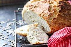 Chleb z garnka z pestkami słonecznika ⋆ M&M COOKING Vegetarian Recipes, Cooking Recipes, Scones, Food And Drink, Bread, Chef Recipes, Cooking, Brot, Baking