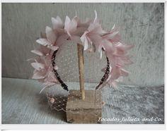 corona de flores                                                                                                                                                                                 Más