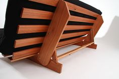 3 Creative And Inexpensive Cool Tips: Futon Hack Couch futon storage tiny house.Futon Walmart Products futon bedroom for kids. Futon Sofa Cama, Futon Bunk Bed, Futon Bedroom, Futon Chair, Futon Mattress, Pallet Cushions, Leather Futon, Wood Crafts, Woodworking Plans