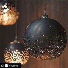 Dramatic lighting spotted by YOO Senior Designer @micsims1 #Repost @micsims1 with @repostapp ・・・ Black