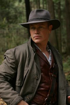 Neal McDonough in Tin Man <3 I love him in Justified as well, but when he is the albino crazy he also scares me