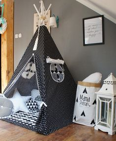 Childrens teepee Playtent Tipi Play Teepee Zelt Wigwam Kids Teepee Tent Teepee with Mat- Scandi Love Tipi Scandi Love / Kinder / Spielen / Zelt / Tipi by MamaPotrafi on Etsy Childrens Teepee, Kids Teepee Tent, Teepees, Deco Kids, Kids Bedroom, Bedroom Ideas, Boy Room, Diy For Kids, Kids Playing