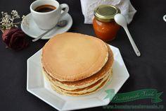 Cele mai pufoase Pancakes.Reteta Pancakes.Preparare Pancakes.Cum preparam Pancakes.Pancakes, desert rapid,usor de pregatit.Clatite americane.Pancakes pufos. Pancakes And Waffles, Ice Cream Recipes, Sweet Recipes, Cheesecake, Deserts, Dessert Recipes, Sweets, Cooking, Breakfast